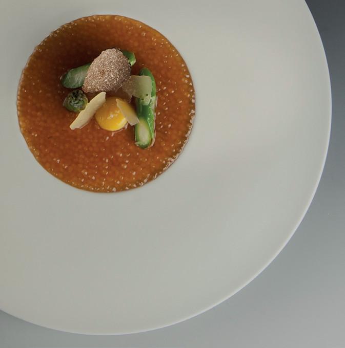 Tapioca risotto se sýrem Mahon a zeleným chřestem